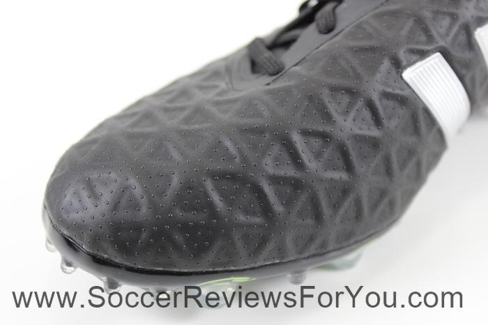 adidas Ace 15.2 Black (15)