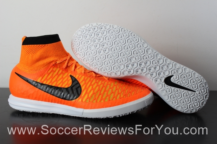 Nike MagistaX Proximo Indoor & Turf Just Arrived - Soccer Reviews For You