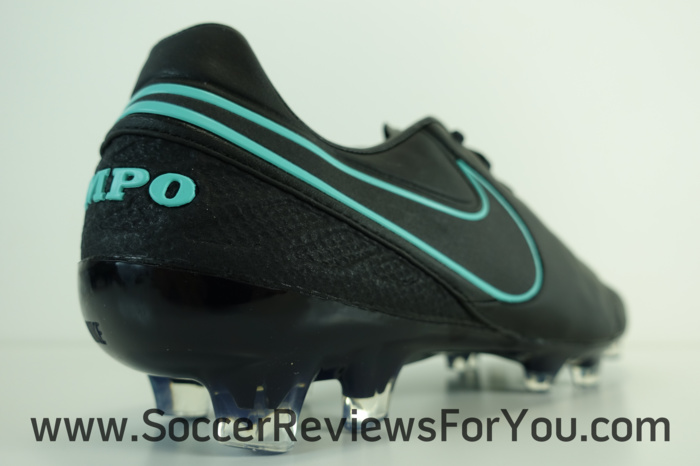 Nike Tiempo Legend 6 Pitch Dark Pack (11)