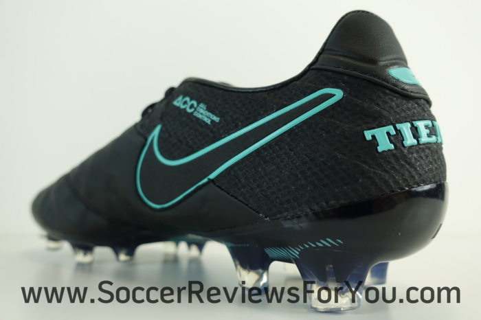 Nike Tiempo Legend 6 Pitch Dark Pack (12)