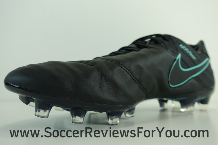 Nike Tiempo Legend 6 Pitch Dark Pack (14)