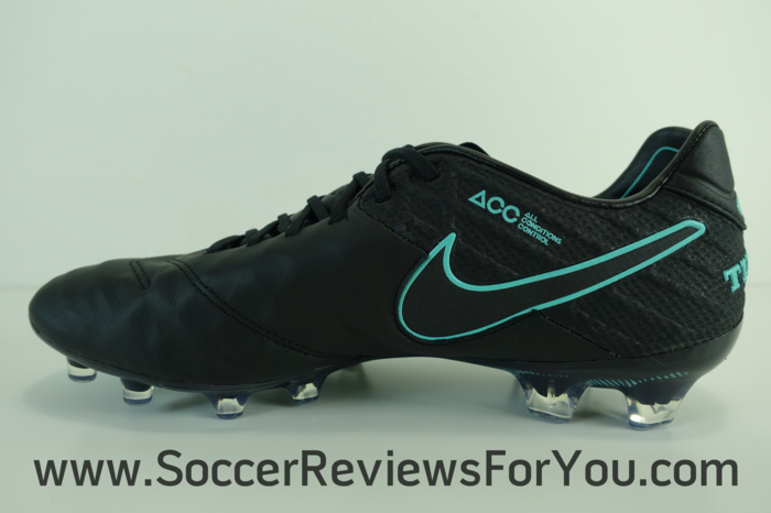 Nike Tiempo Legend 6 Pitch Dark Pack (4)