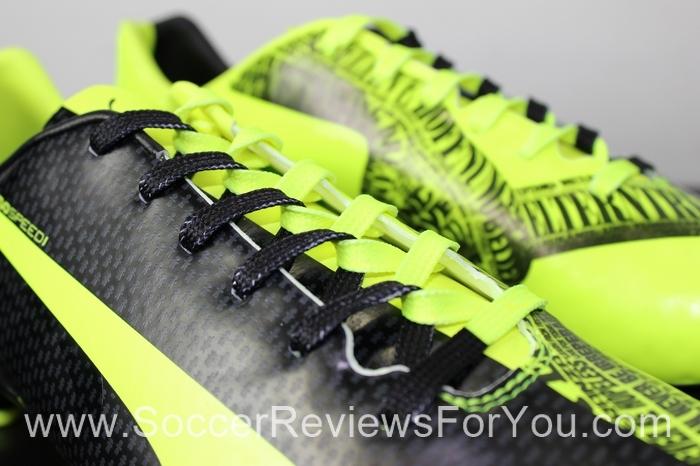 Puma evoSPEED 1.3 Tricks Marco Reus Soccer/Football Boots
