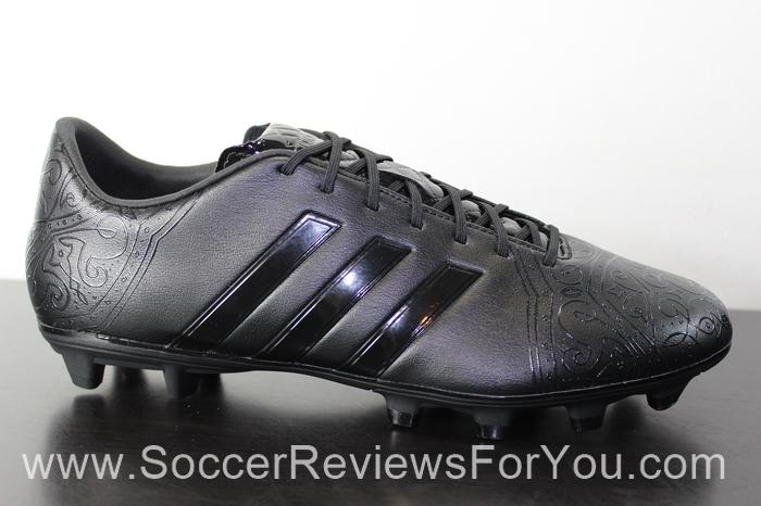adidas 11Pro Black Pack (3).JPG
