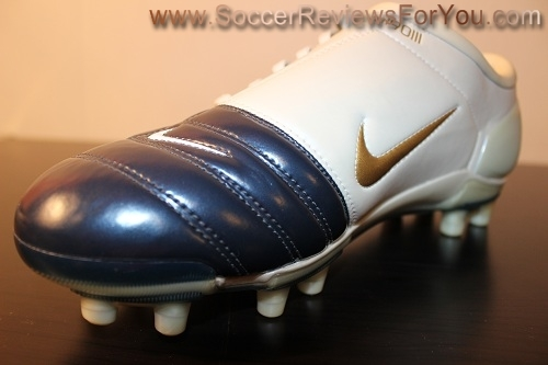 pretty nice 886bb 99fd6 Nike Air Zoom Total 90 III Video Review - Soccer Reviews For You