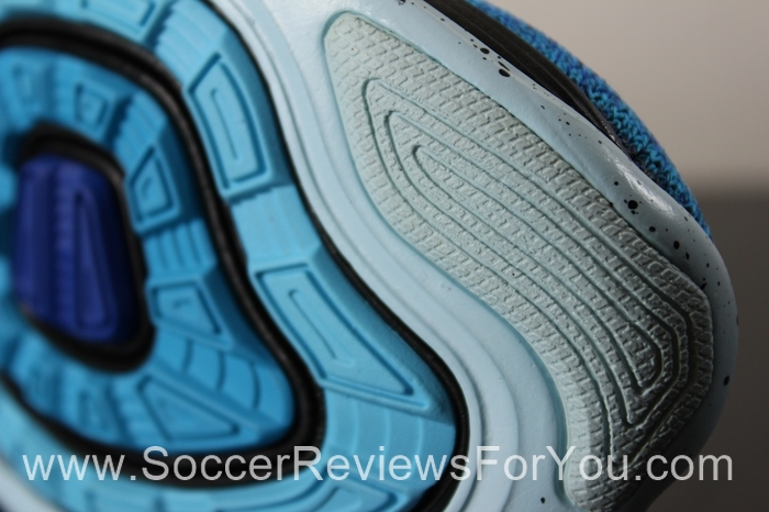 166e52290c648 Nike Flyknit Lunar 3 Video Review - Soccer Reviews For You