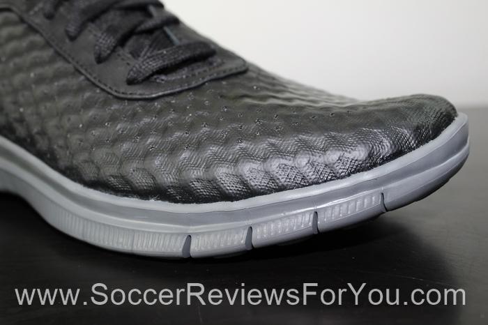 Nike Free Hypervenom Mid Shoes