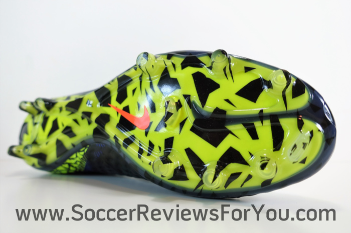 NIke Hypervenom Phantom 2 Dark Lightning Pack (16)