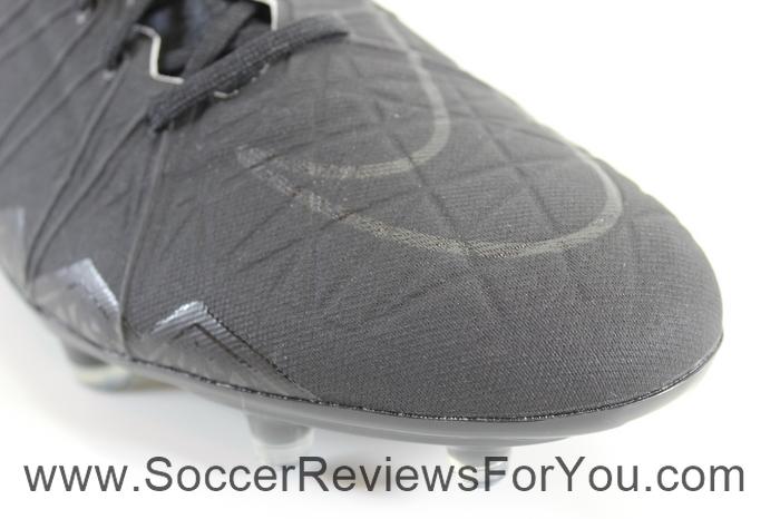 Nike Hypervenom Phantom 2 Academy Pack (5)