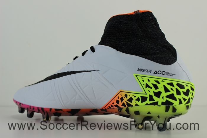 Nike Hypervenom Phantom 2 Radiant Reveal Pack (11)