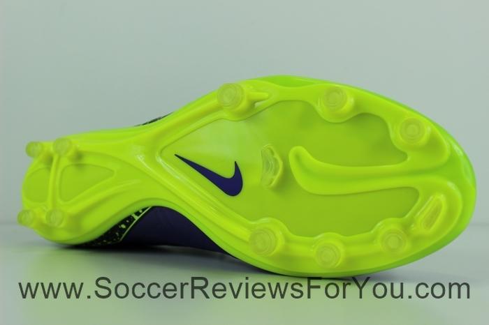Nike Hypervenom Phatal 2 DF Electro Flare Pack (15)