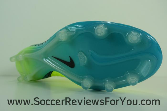 Nike Hypervenom Phinish Spark Brilliance Pack (15)