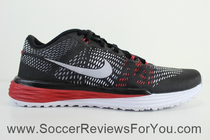 2ad7301479a5 Nike Lunar Caldra Trainer Video Review - Soccer Reviews For You