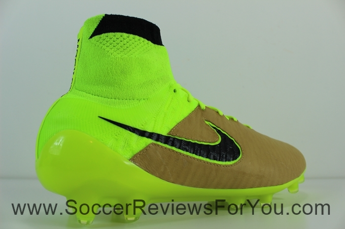 Nike Magista Obra Leather Cavas & Volt (12)