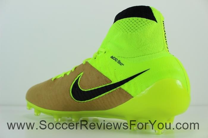 Nike Magista Obra Leather Cavas & Volt (13)