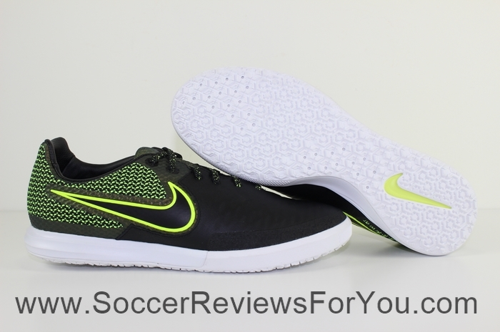 Nike MagistaX Finale IC (1)