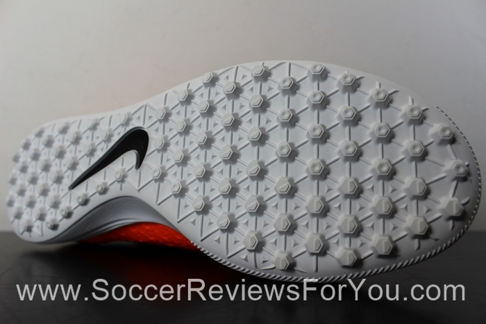 Nike Magista X ProximoTurf Total Orange (5).JPG