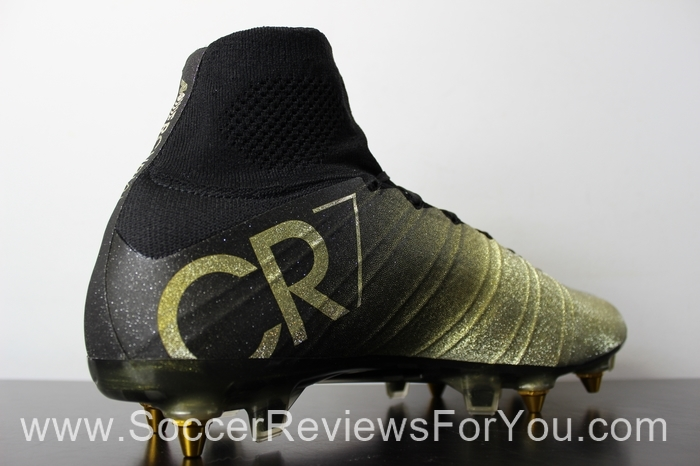 Nike Mercurial Superfly 4 CR7 Rare Gold (18).JPG
