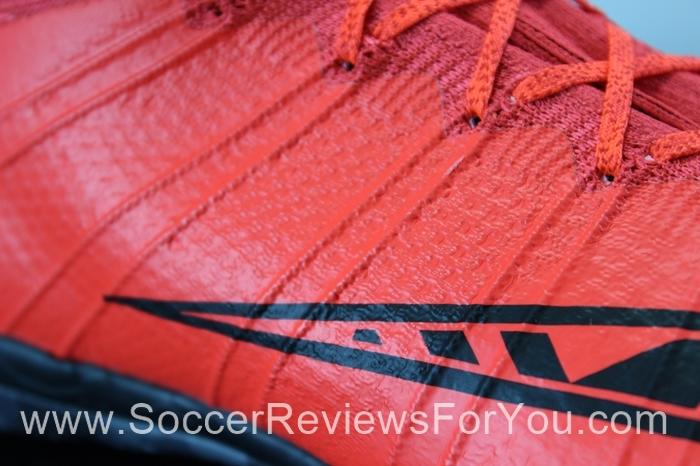 Nike MercurialX Proximo IC Red (7).JPG