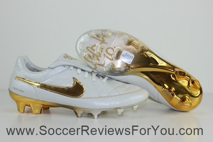 Nike Tiempo Legend 5 Ronaldinho R10 Touch of Gold (1)