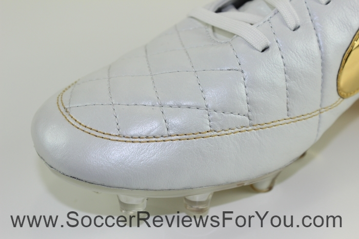 Nike Tiempo Legend 5 Ronaldinho R10 Touch of Gold (16)