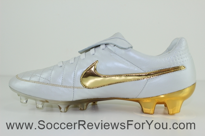 Nike Tiempo Legend 5 Ronaldinho R10 Touch of Gold (18)