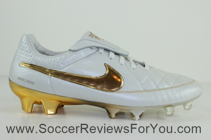 Nike Tiempo Legend 5 Ronaldinho R10 Touch of Gold (19)