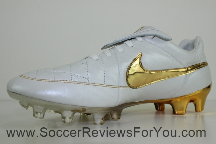 Nike Tiempo Legend 5 Ronaldinho R10 Touch of Gold (7)