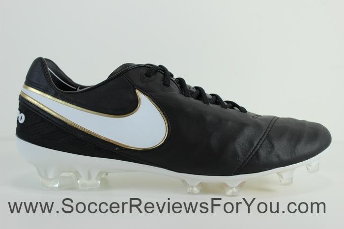Nike Tiempo Legend 6 Black-White (3)