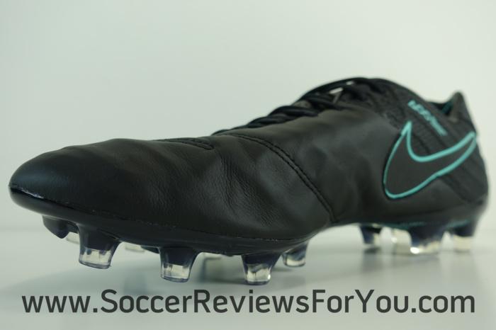 Nike Tiempo Legend 6 Pitch Dark Pack (14)