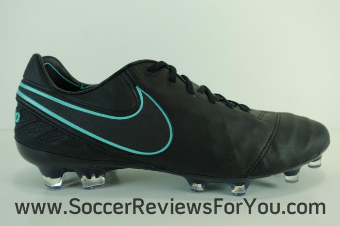 Nike Tiempo Legend 6 Pitch Dark Pack (3)