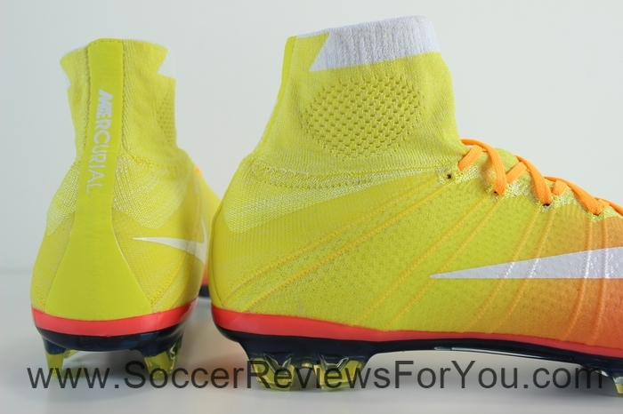 Nike Womens Mercurial Superfly 4 Radiant Reveal Pack (10)