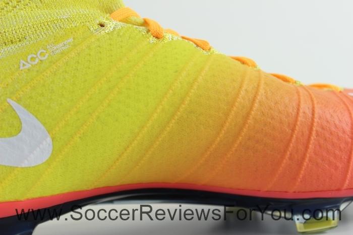 Nike Womens Mercurial Superfly 4 Radiant Reveal Pack (9)